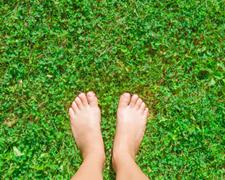 Gesunde Füße: Mit diesen 10 Tipps bleiben Sie gut zu Fuß!